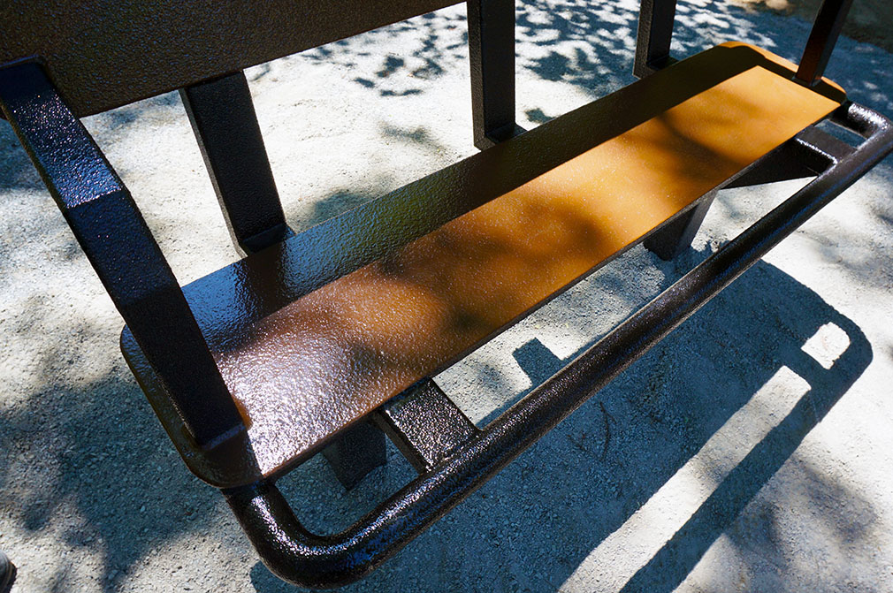 Banc nice texture Accessible Outdoor Fitness   Saint Amable