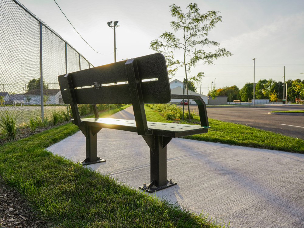 Banc durable extérieur ville atlasbarz 2019 Urban Furniture
